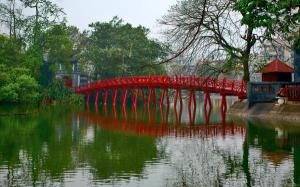 Hoan Kiem Lake - picture from Google Images