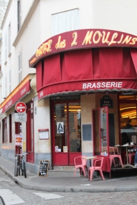 Café des deux moulins, made famous by Audrey Tatou in the film Amélie