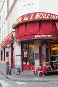 Café des deux moulins, made famous by Audrey Tatou in the film Amélie