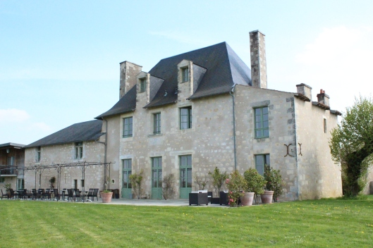 Tercé chateau from front