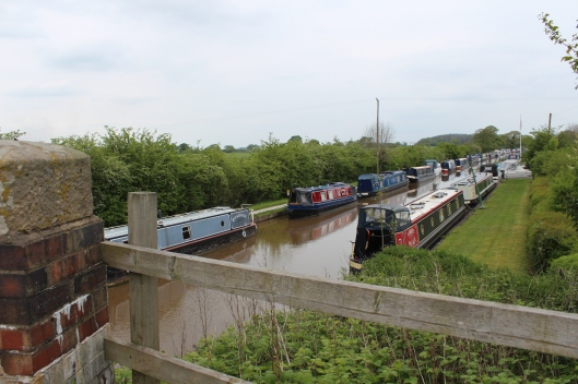 Bank holiday weekend - busy times on the canal