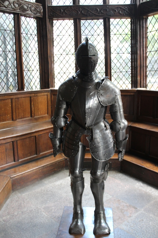 Victorian-era replica armour