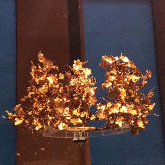 This beautiful gold crown is over 2000 years old!