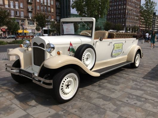 A beautiful old car from 1928