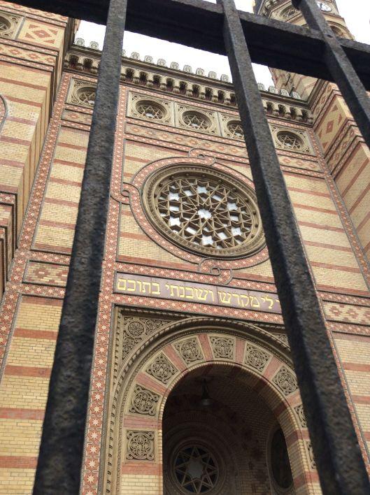 budapest synagogue2