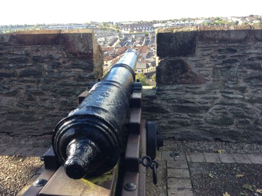 Cannon aimed at Bogside