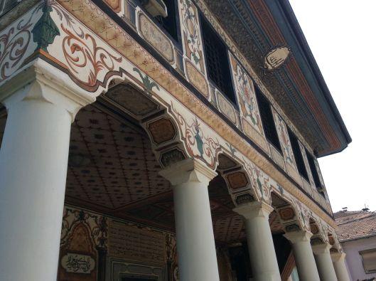Tetovo mosque, columns