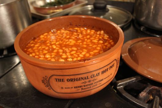 Baked beans - hot and saucy!