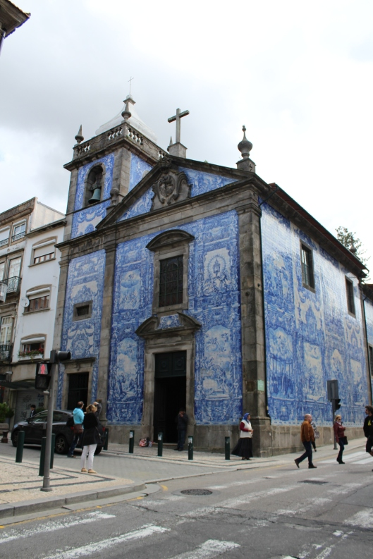 """We wandered all over Porto admiring the """"azuelos"""" (blue and white ceramic tile murals)."""