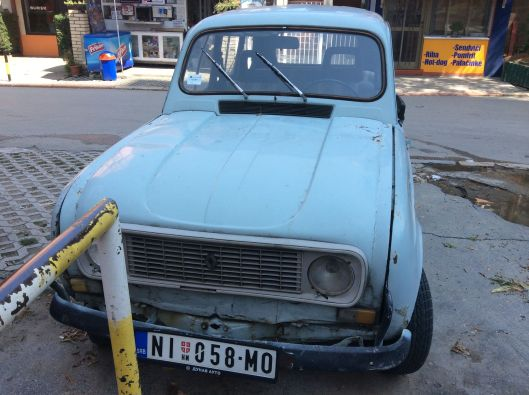 Old Renault in Niš
